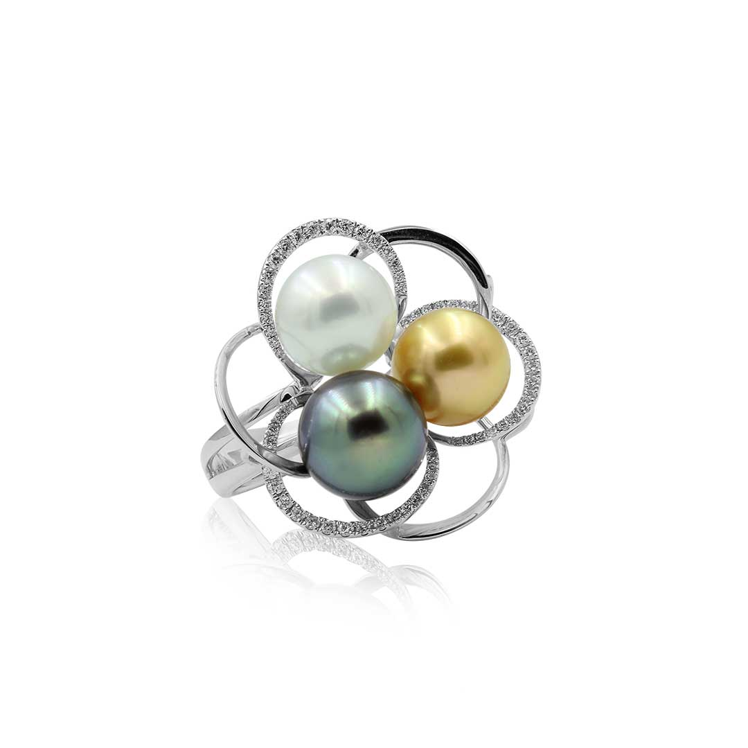 Tahitian and Australian South Sea Pearl Ring set in 18k with Diamonds