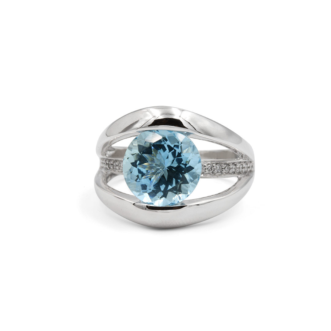 Aquamarine Triple Band Ring set in 18k with Diamonds