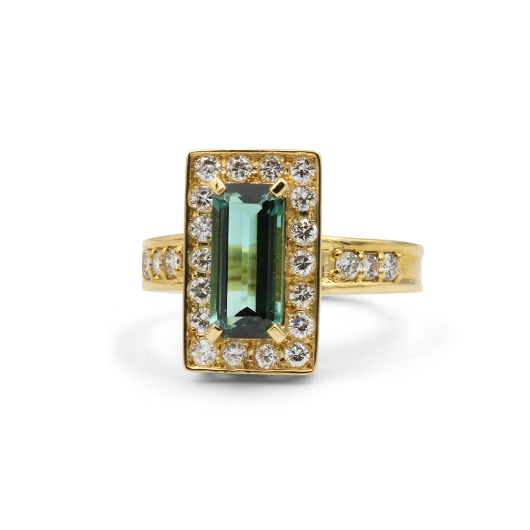 Green Tourmaline Ring set in 18k with Diamonds